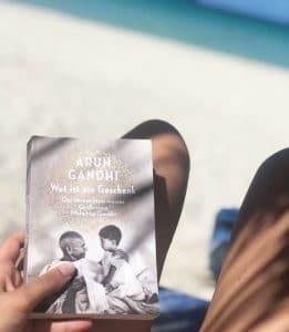 Arun Gandhi Wut ist ein Geschenk Buch Weihnachtsgeschenk Empfehlung
