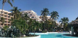 Blog MrsVerde Hotel Melia Varadero Poollandschaft Hotel von außen