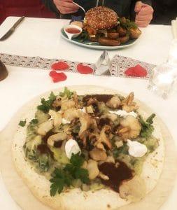 Flammkuchen Restaurant Sonnenuhr Vegan Hotel Nicolay